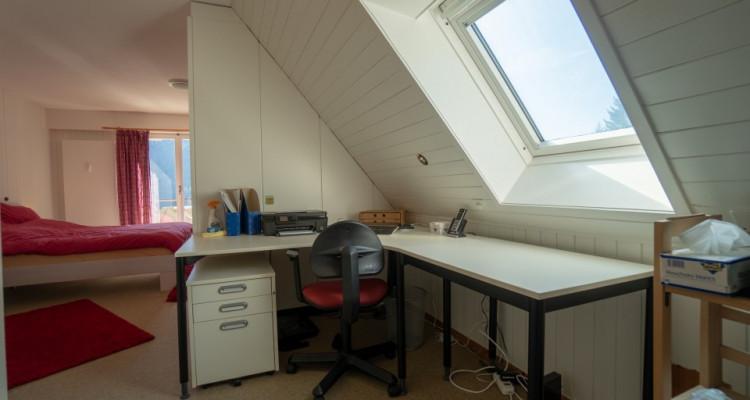 Gryon Immo vous propose un spacieux 4,5 pièces en duplex, proche de la nature, magnifique vue image 5