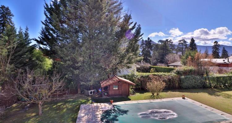 Maison de Charme 11 pièces avec un magnifique jardin au calme image 10