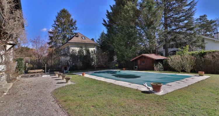 Maison de Charme 11 pièces avec un magnifique jardin au calme image 11