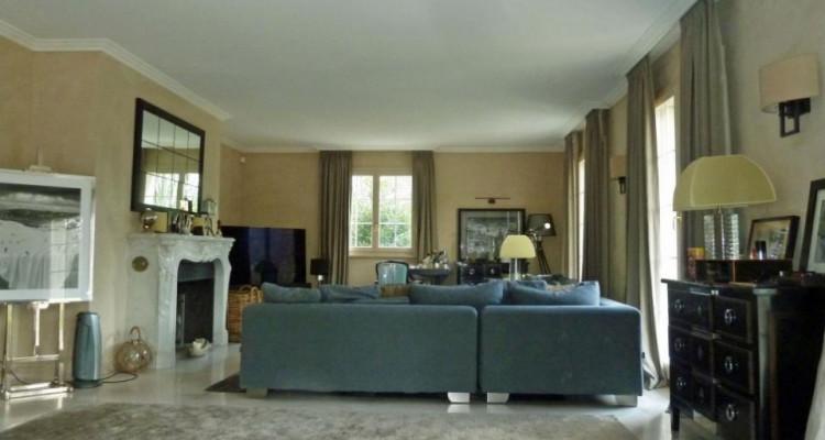 Spacieuse villa avec grand jardin et piscine chauffée image 4