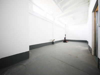 4 Locaux commerciaux et/ou industriels - Atelier stockage COPPET image 1