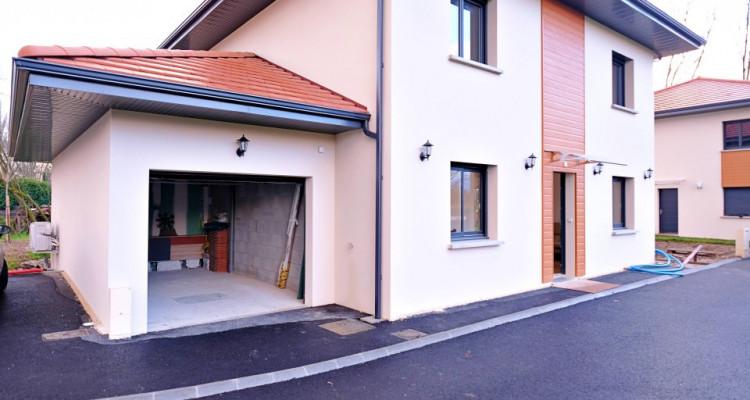 Magnifique villa 5,5 p / 4 chambres / 4 SDB / terrasse avec piscine image 9