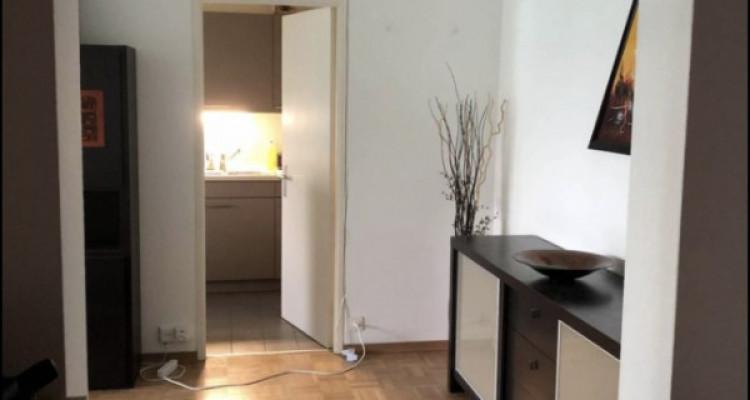 Appartement de 3 pièces situé à Onex. image 2