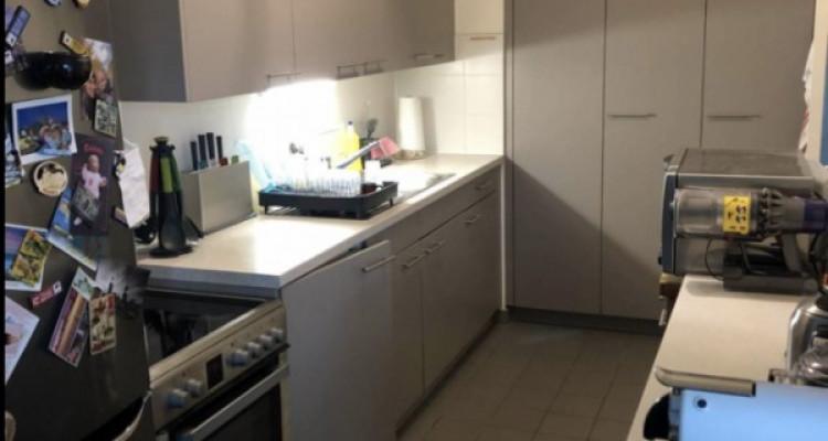 Appartement de 3 pièces situé à Onex. image 3