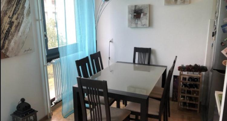Appartement de 3 pièces situé à Onex. image 4