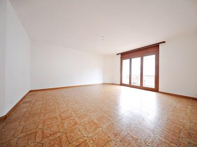 Magnifique appart 4,5 p / 3 chambres / 1 SDB / avec balcon. image 1