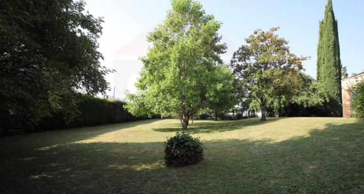 Maison individuelle de 9 pièces avec un beau terrain image 5