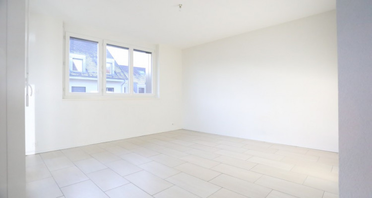 A SAISIR / Splendide 3,5 pièces / 65m2 / 2 chambres / Balcon / Garage image 2