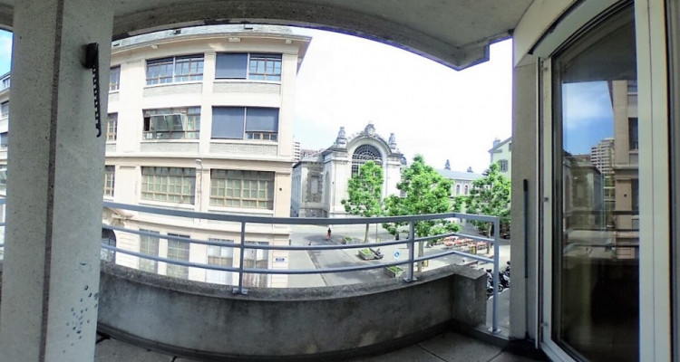 4pcs pour 87m2 avec balcon et parking image 3