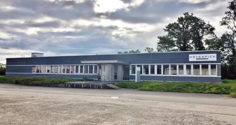 Immeuble artisanal et commercial au cœur de la Côte. image 1