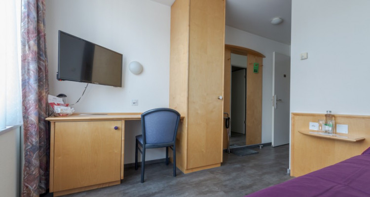 !! Corona Notstand !! *** Möblierte Hotelzimmer zur Dauernutzung *** image 2