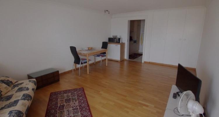 1½-Zimmerwohnung mit Seesicht, Hallenbad und Sauna im Haus image 2