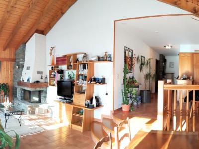 Appartement Duplex de 5,5 pièces dans Villa avec jardin à Vollèges image 1