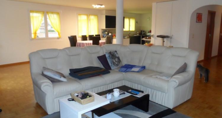 Spacieux duplex de 5,5 pièces, 4 chambres, à 15min de Lausanne image 2
