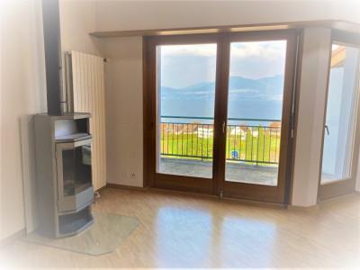 Superbe vue lac pour ce spacieux attique-duplex 3.5 pces  image 1