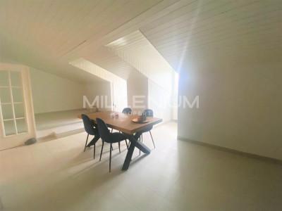 Grand Appartement Moderne de 7,5 P à Avusy. image 1