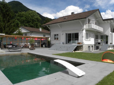 C-Service vous propose une villa 6,5 pièces avec piscine à Ollon image 1