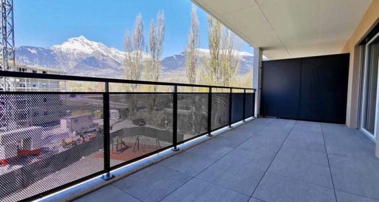 FOTI IMMO - Appartement neuf de 2,5 pièces avec balcon. image 4