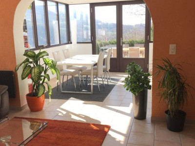 Superbe 2,5p / 1 chambre / Jardin & Terrasse / 1SDB image 1