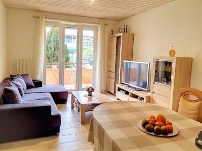 Très beau lot appartement 60m2 + 12 m2 + magasin actif à Yve image 1