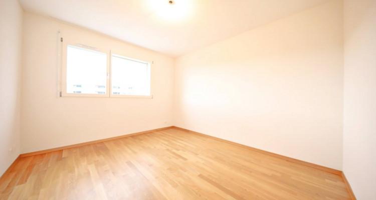 Magnifiques appartement 4,5 p / 3 chambres / 2 SDB / avec balcon image 4