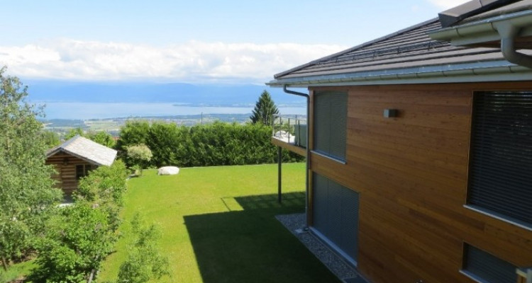 Amazing house with stunning lake view 300m2 at Arzier. image 8