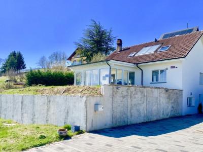 Villa individuelle de 5.5 pièces à 25 minutes de Morges avec vue magnifique sur les Alpes ! image 1