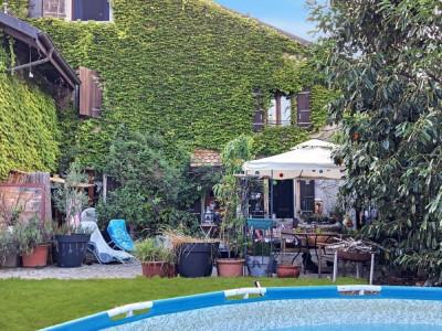 Maison mitoyenne de charme avec cachet, jardin à 10 min de Nyon image 1