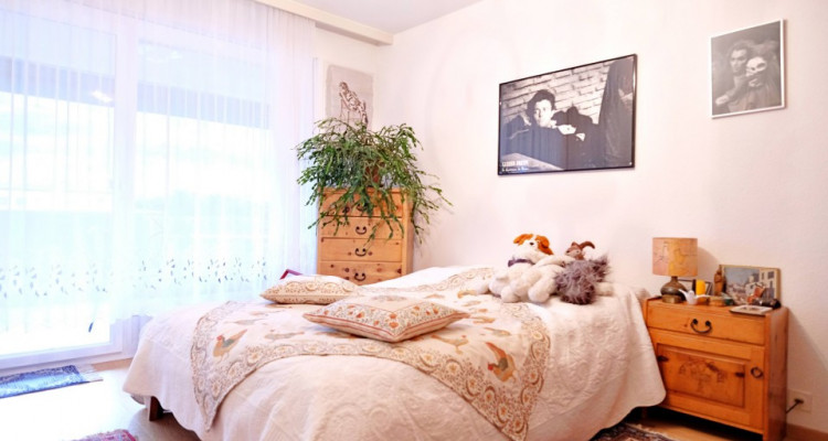 Bel appartement 5.5 p / 3 chambres / 2 SDB / 2 Balcons / vue image 4