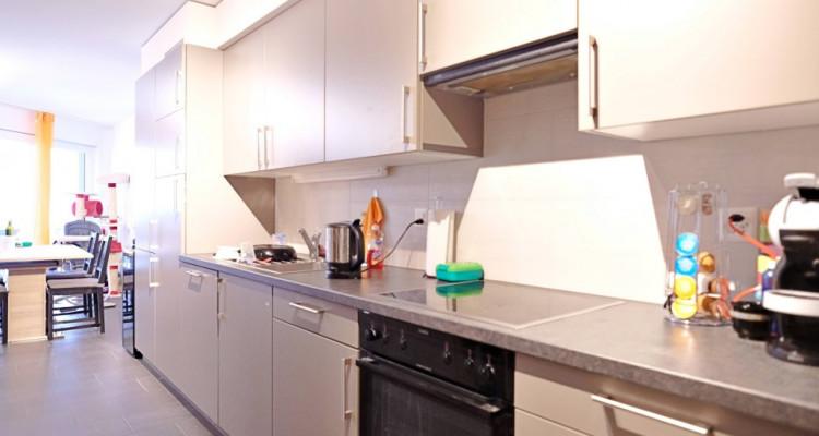 Superbe appart 3,5 p / 2 chambres / 1 SDB / avec balcon. image 2
