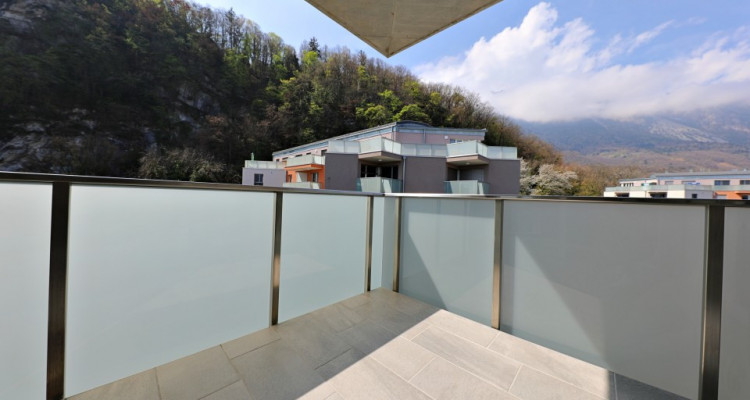 Superbe appart 3,5 p / 2 chambres / 1 SDB / avec balcon. image 6