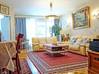 Superbe appartement traversant 5 pièces proche des UN image 1