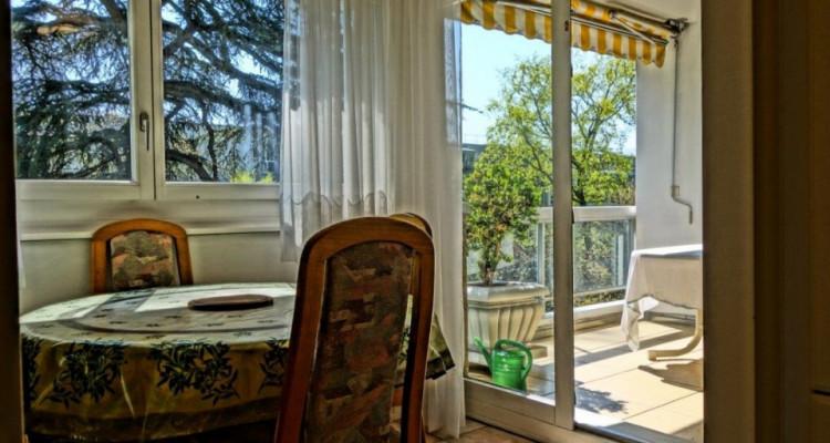 Superbe appartement traversant 5 pièces au Petit-Saconnex.   image 4