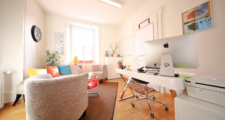 OPPORTUNITE - Superbes bureaux à louer // plein centre à Aigle image 4