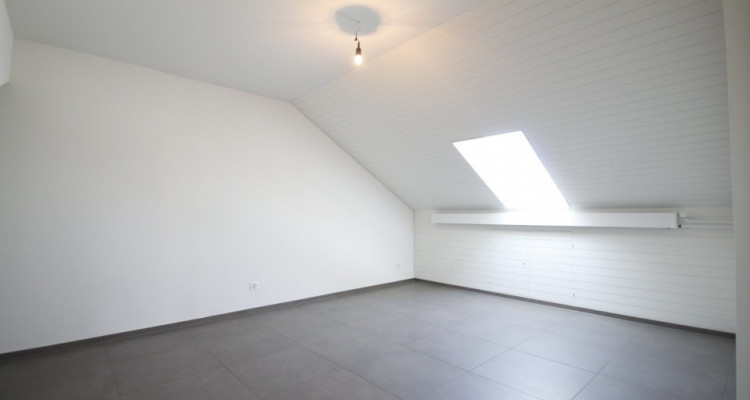 New, exclusive loft apartment in the centre of Pratteln image 7
