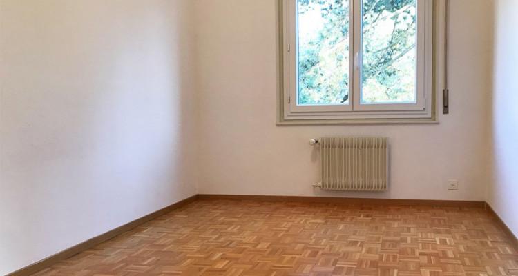 Reprise de bail: Tour-de-Peilz, Appartement de 4p au 1er Gauche image 1