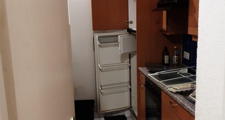 Appartement 3 pièces à plainpalais qui va être refait à neuf image 4