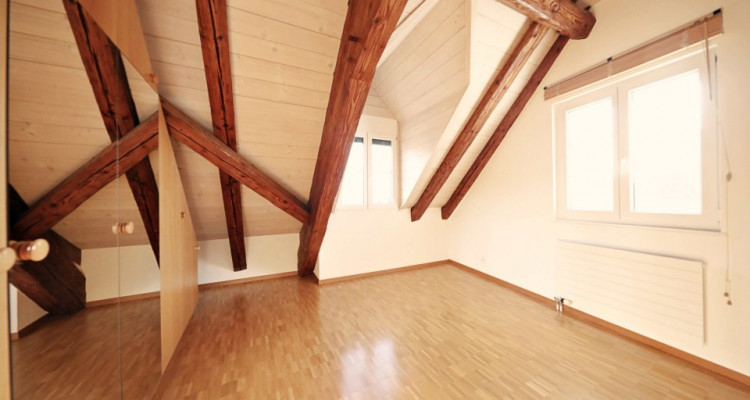 Magnifique appartement en duplex de 5 p. / 4 chambres/ grand balcon image 3