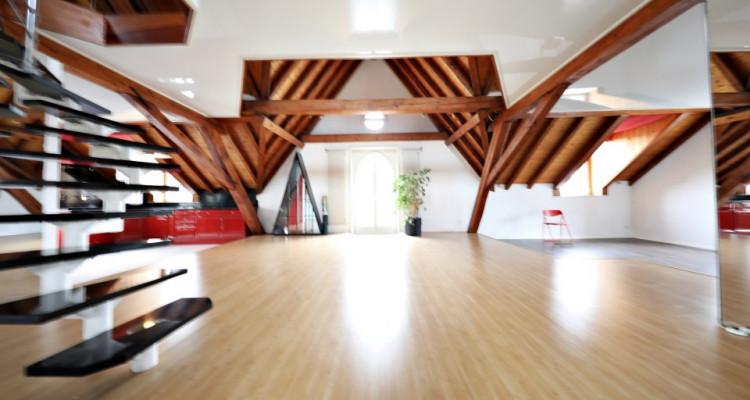 Magnifique 5,5p Duplex // 4 chambres // 2 SDB // vue lac image 3