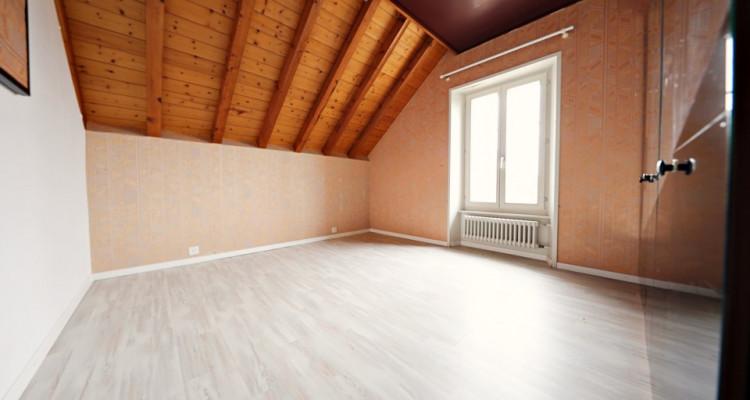 Magnifique 5,5p Duplex // 4 chambres // 2 SDB // vue lac image 8