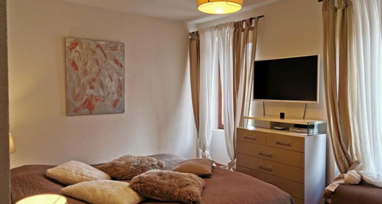 Magnifique appartement / bâtisse de charme / vue imprenable sur le lac image 5