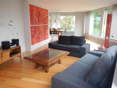 Splendide appartement meublé de 4.5 pces au centre de La Tour-de-Peilz image 1
