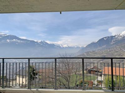 LOCATION VENTE - Beau 3,5 pièces avec balcon et vue magnifique ! image 1