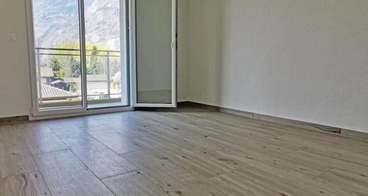 LOCATION VENTE - Studio cosy avec joli balcon. image 3
