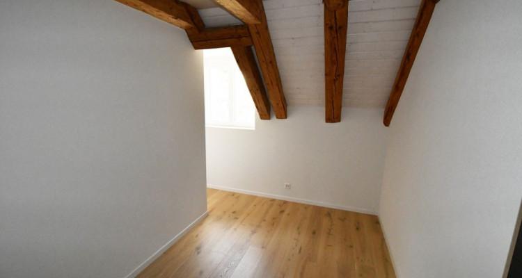 Magnifiqes appartements lumineux de 3.5 pièces à 4.5 pièces dans maison de Maître image 2