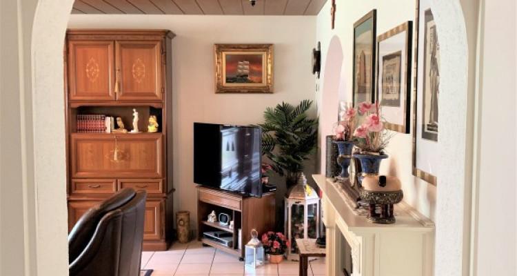 grosszügige 4.5 Zimmer Wohnung an bester Lage image 7
