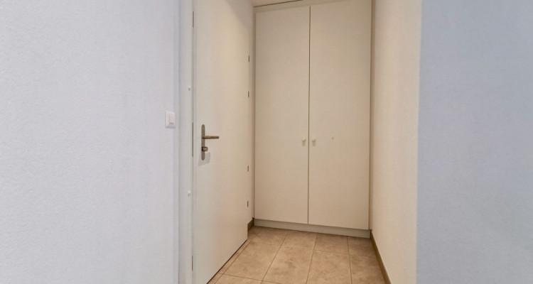 LOCATION VENTE - Appartement neuf de 2,5 pièces proche du Rhône. image 3
