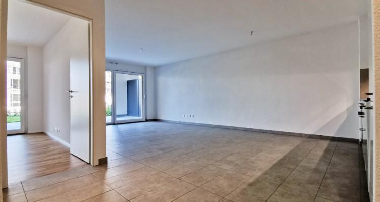 LOCATION VENTE - Appartement neuf de 2,5 pièces proche du Rhône. image 4