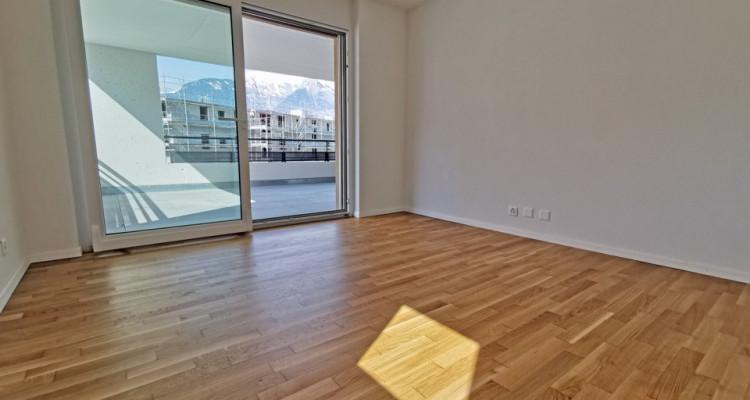 LOCATION VENTE - Appartement de 3,5 pièces avec balcons. image 3