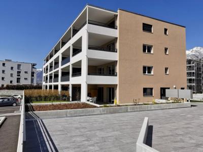 LOCATION VENTE - Appartement de 3,5 pièces avec balcons. image 1